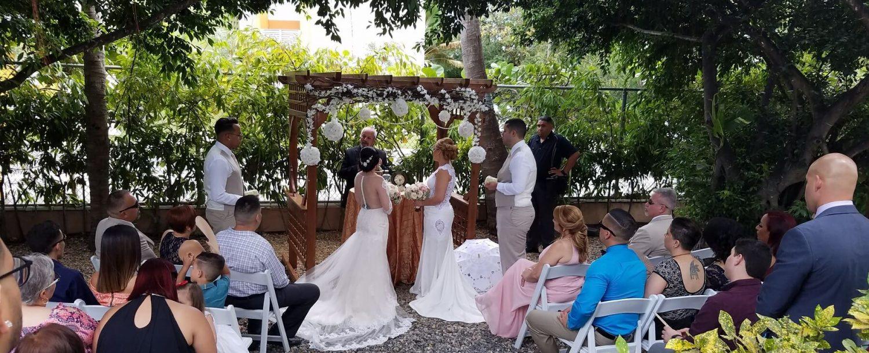 WEDDINGS & QUINCEAÑEROS